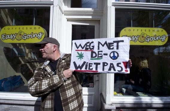 Toeristen blijven welkom in coffeeshops in Amsterdam