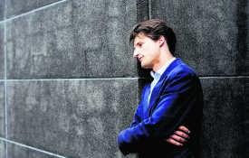 De Belgische violist Lorenzo Gatto werd in 2009 tweede in de Koningin Elisabethwedstrijd.Ivan Put