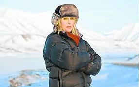 Joanna Lumley, op zoek naar het mysterieuze noorderlicht. rr