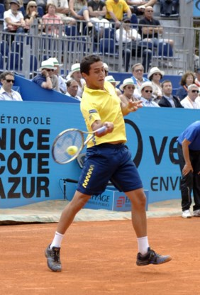 Nicolas Almagro verlengt titel in Nice