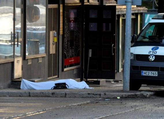 Fin schiet op voorbijgangers: twee doden