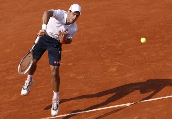 Djokovic heeft geen moeite met Italiaan in eerste ronde