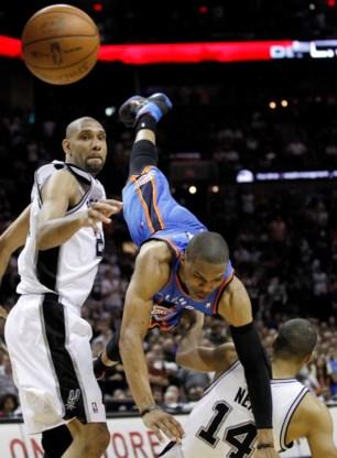 San Antonio Spurs zetten eerste stap naar NBA Finals