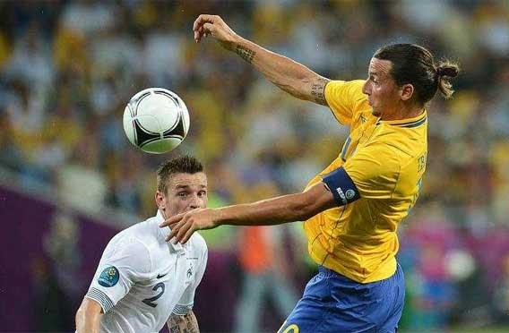 Zweden kan niet op geblesseerde Ibrahimovic rekenen tegen Brazilië