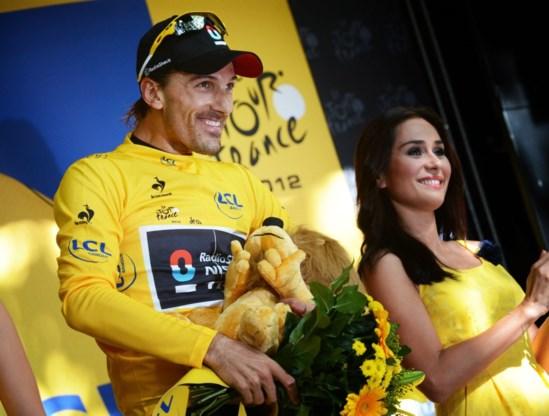 Fabian Cancellara huldigt supporterslokaal in Oudenaarde op 7 november in
