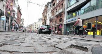 De Vlaanderenstraat ligt er bijzonder slecht bij. De herstelling is broodnodig.