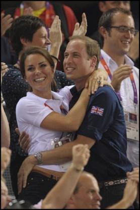 Prins William is bang voor de 'kiss cam'