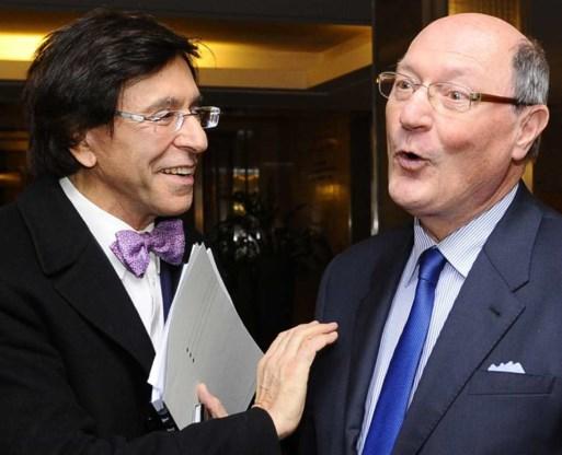 Elio Di Rupo en Pierre-Alain De Smedt van het VBO in een zeldzaam onderonsje tussen overheid en ondernemers.
