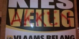 Verkiezingsaffiches Vlaams  Belang beschadigd