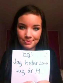De 14-jarige Lovisa Nystrand vertelt met behulp van pancartes stap voor stap wat haar is overkomen.