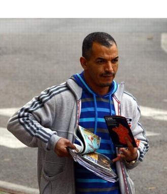 De Franse topgangster Sabri Bouazza werd donderdag ingerekend in Brussel maar ging dus al meteen lopen.