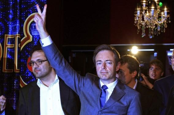 FRANSTALIGE KRANTENCOMMENTAREN. 'De Wever is een TGVmet het einde van België als bestemming'