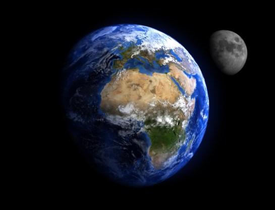 De aarde en de maan. Het begin van hun relatie was stormachtig.