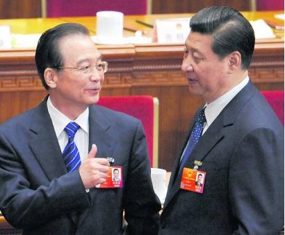 Premier Wen Jiabao (l.) en toekomstig president Xi Jinping.