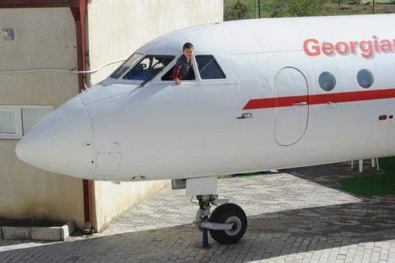 Georgische professor bouwt vliegtuig om tot kinderdagverblijf