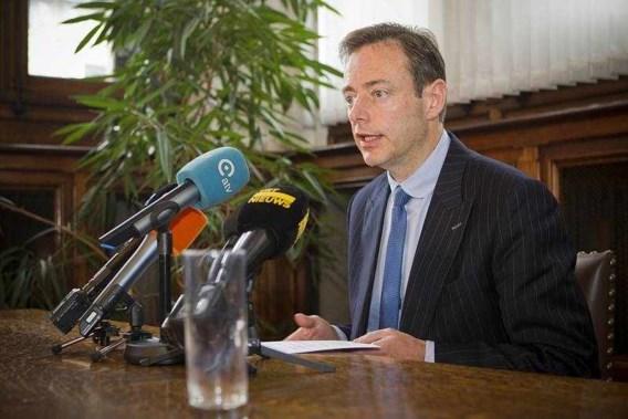 Maandag starten de onderhandelingen in Antwerpen echt