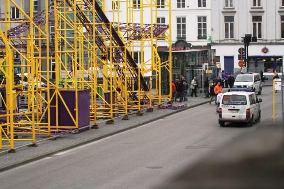 Arbeider levensgevaarlijk gewond na val van achtbaan in Gent