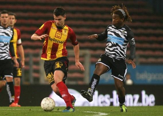 Charleroi treft drie keer doelhout tegen KV Mechelen