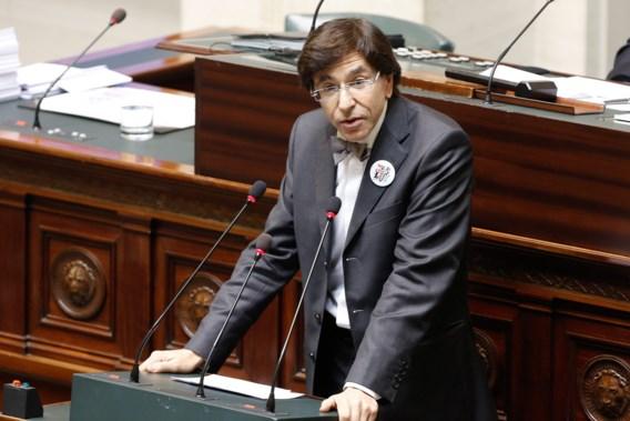 Elio Di Rupo: 'Als prins Laurent engagementen niet nakwam, zullen we conclusies trekken'