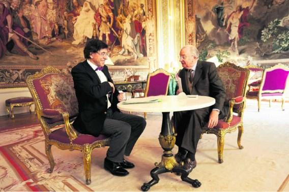 Elio Di Rupo op audiëntie bij de koning, begin dit jaar. 'De PS verstopt zich achter de troon', zegt De Wever.