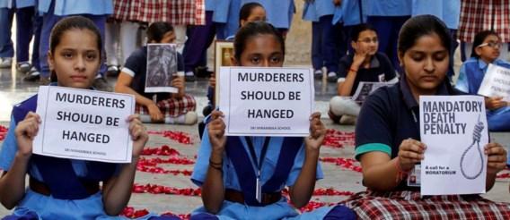 Daders van groepsverkrachting in India aangeklaagd voor moord