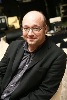 Zanger en presentator Bart Van den Bossche (48) overleden