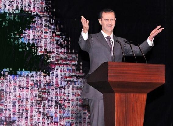 'President Assad vertoeft op zee'