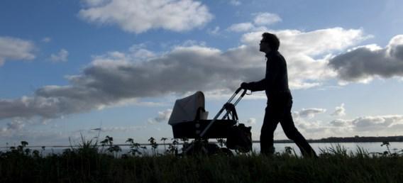 Moet het vaderschapsverlof verplicht worden?