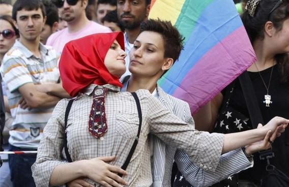 Monotheïstische religies zijn wel degelijk een belangrijke voedingsbodem voor homofobie.