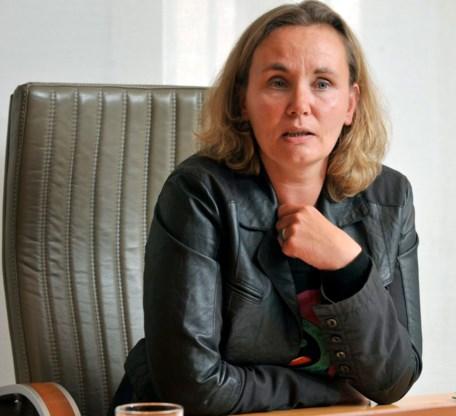 Liesbeth Homans: 'Koppel dringende medische hulp aan vrijwillig terugkeertraject'
