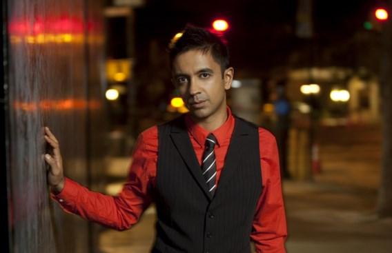 Vijay Iyer. 'Ik ben zeventien jaar bezig, ik ben met mijn hoofd tegen de muur gelopen, maar ik geloof dat je kunt slagen als je goede muziek maakt.'