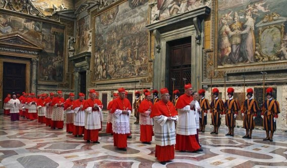 Sociale media voor kardinalen verboden tijdens pausverkiezing