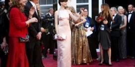 Anne Hathaway verontschuldigt zich voor keuze Oscarjurk