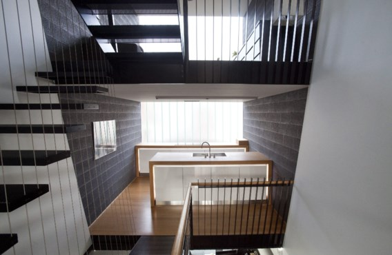Door in de hoogte te werken heeft de woning van amper 3,5 meter breed toch een bewoonbare oppervlakte van 125 m².