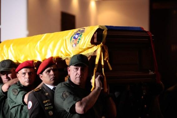 Lichaam Chávez balsemen wordt 'zeer moeilijk'