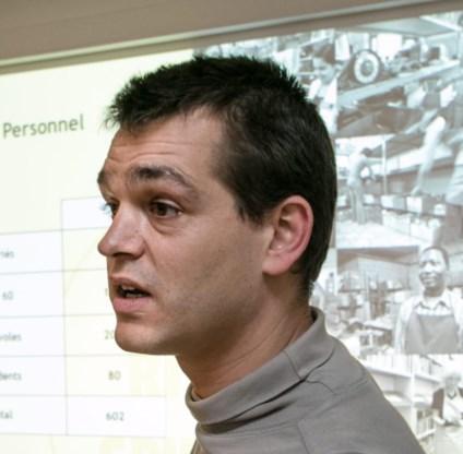 Julien Coppens (Spullenhulp).