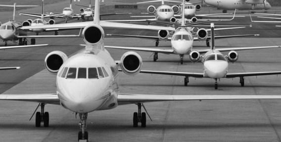 Op de luchthaven van Maastricht verwachten ze in tien dagen tijd tweehonderd extra privévliegtuigen (foto uit 2010).