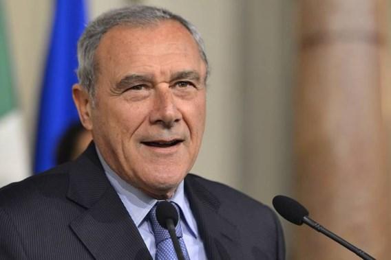 Italiaanse senaatsvoorzitter halveert loon