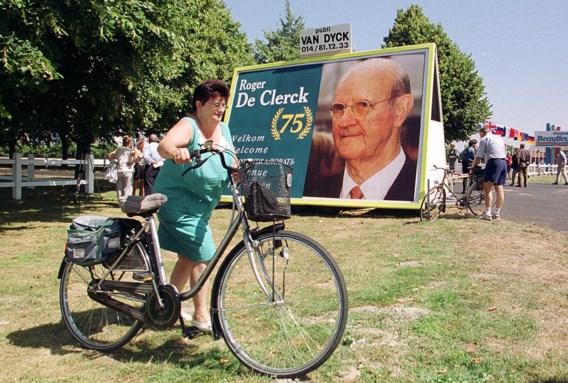 Bij de verdeling van de groep onder zijn kinderen wou vader Roger De Clerck geen beroep doen op een notaris.