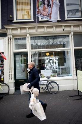 De winkel in Den Haag lijkt op een slagerij uit grootmoeders tijd.