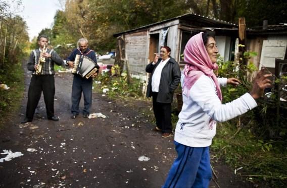 In België leven zo'n 30.000 Roma vaak in de grootste armoede en erg teruggetrokken, zoals hier in Gent.
