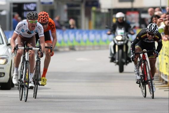 Maxime Bouet wint eerste rit Ronde van Trentino