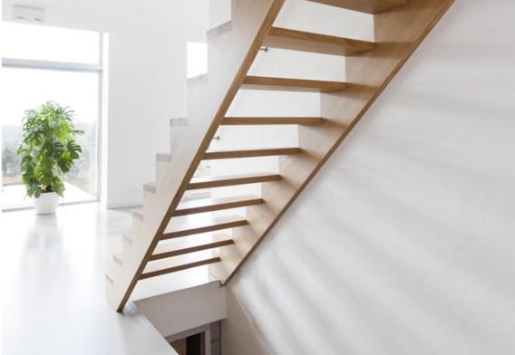 Zelfs de trap heeft open treden om het zicht niet te belemmeren.
