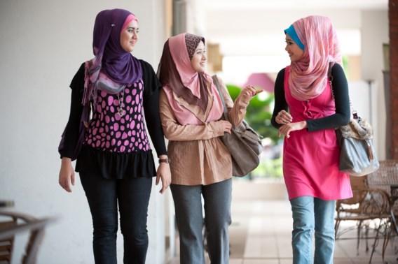 Bourgeois bezorgd over jonge moslims die zich gediscrimineerd voelen