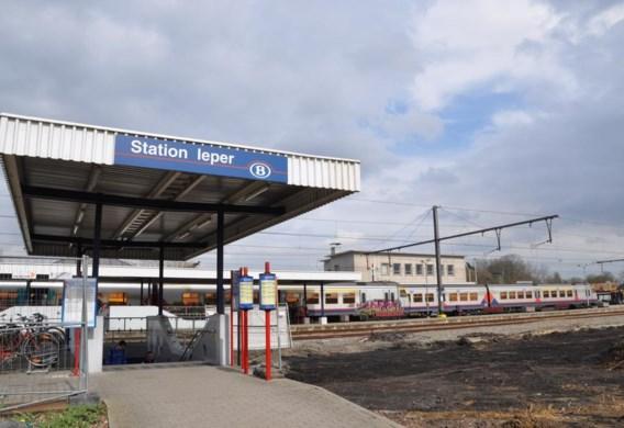 Onder andere in het station van Ieper zullen er meer of grotere treinen stoppen.