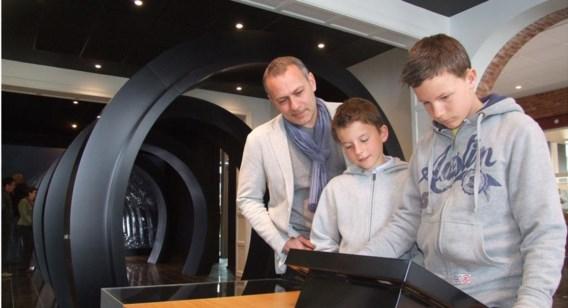 De familie Saenen uit Laakdal kwam alvast kennismaken met het onthaalkantoor op de mijnsite.