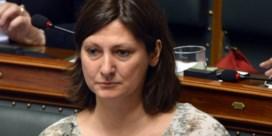 Maya Detiège heeft probleem met 'truken van de farma'