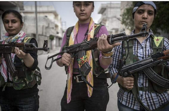 Bij de Koerdische oppositie in Aleppo vechten ook vrouwen mee.