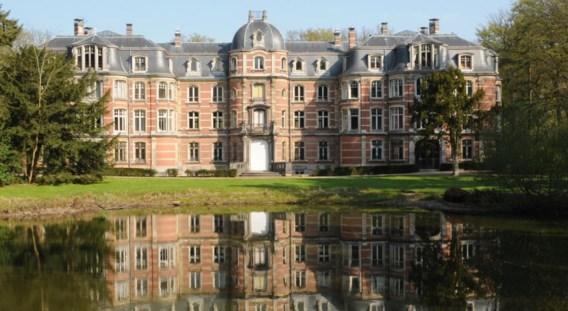 Stabroek wil in het kasteel Ravenhof onthaalruimtes en kantoren onderbrengen.