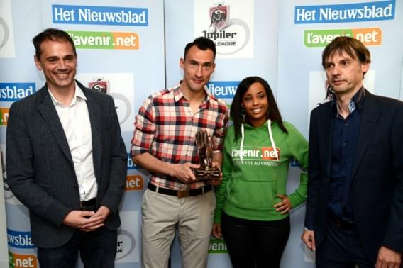 Profvoetballers kiezen Silvio Proto tot Doelman van het Jaar